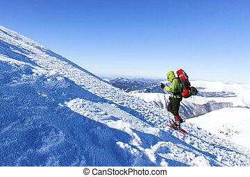 hiking., χειμώναs