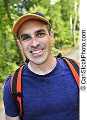 hiking homem, ligado, floresta, rastro