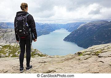 hiking mulher, lysefjorden, rocha, púlpito, noruega