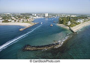Hillsboro Bay, Florida.