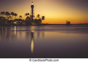 Hillsboro Inlet Lighthouse at sunrise