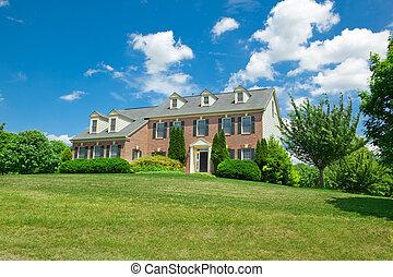 Hillside Single Family House Georgian Colonial - Single...