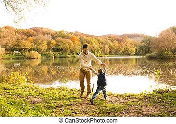 him., わずかしか, 彼の, 父, nature., 息子, 秋, くるくる回る, 保有物