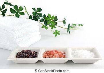 Himalayan rock salt. - Three kinds Himalayan rock salt on...