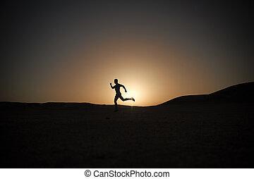 himmelsgewölbe, rennender , silhouette, sonnenuntergang, mann