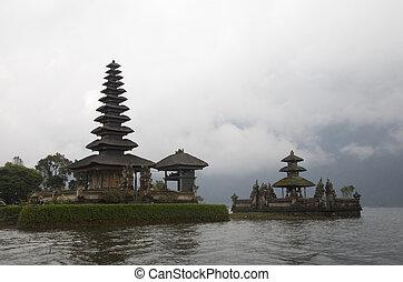Hindu - Buddhist temple, Pura Ulun Danu Bratan, Bali, ...