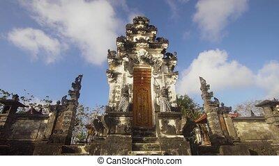 Hindu temple on the island of Nusa Penida. - Hindu temple...