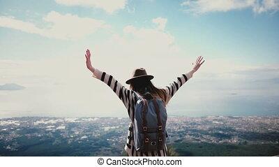 hinterer blick, glücklich, weibliche , reise, blogger, mit,...