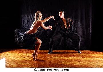 hintergrund, tänzer, schwarz, gegen, tanzsaal