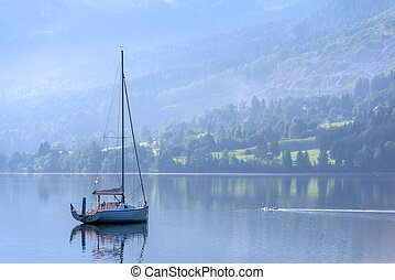 Hintersee - Sunny summer morning on the Grundlsee, Alps,...