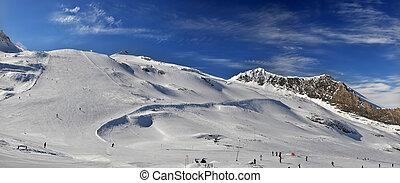 Hintertuxer Glacier (Gletscher) in Zillertal - Tirol