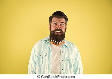 hipster, beard., maschio, casuale, barbuto, brutale, day., molletta, valentines, acconciatura, hearts., uomo, stile, hairdresser., fondo., capelli, individuale, essiccamento, giallo
