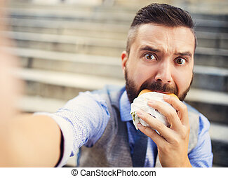 Hipster businessman during lunchtime bream - Modern hipster ...