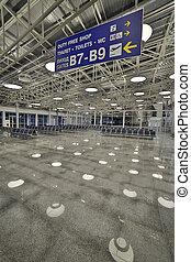hirdetőoszlopok, repülőtér