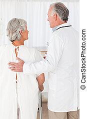 his, врач, пациент, ходить, помощь