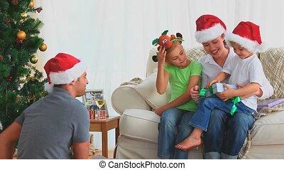 his, рождество, предложение, мальчик, настоящее время