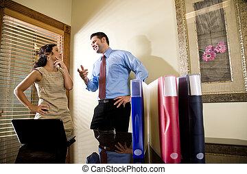 hispánský, administrativní úředník, a, mužský, kolega, mluvící