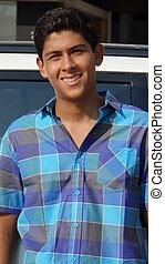 hispânico, menino adolescente