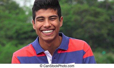 hispânico, menino adolescente, rir