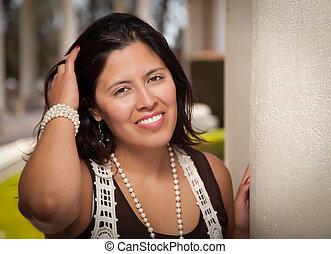 hispanic, 外面, 婦女, 有吸引力, 年輕