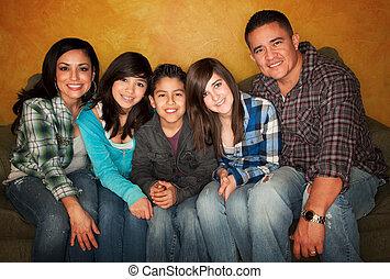 hispanic család