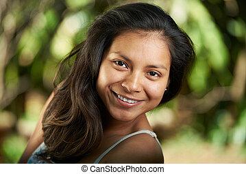 hispanic, uśmiechnięta kobieta, pociągający, młody