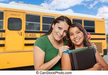hispano, escuela, madre, hija, bus.