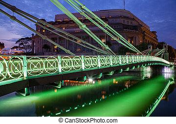 Historic Cavenagh Bridge in Singapore