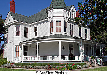 Historic colonial home located in Fernandina Beach Florida