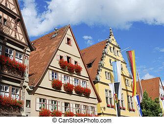 Historic house facades in Dinkelsb?hl (Franconia, Germany)