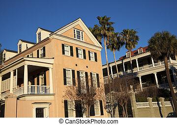 Historic houses in Charleston