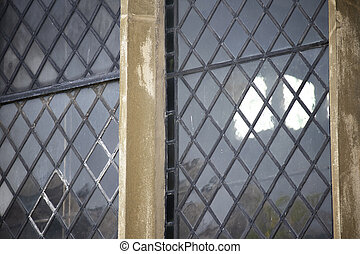 Historic leaded windows - Leaded windows with stonework ...