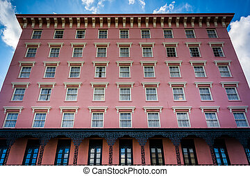 Historic pink building in Charleston, South Carolina.