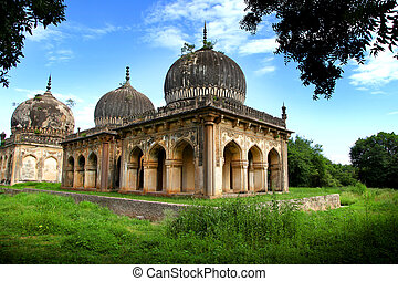 Qutbshahi tombs