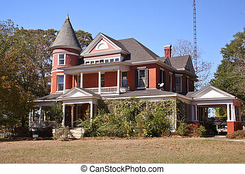 Historic Victorian Home located in Palestine, Texas