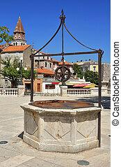 historic well in Zadar