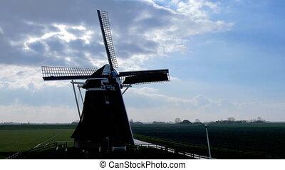 Historic windmill rotate backlight - Historic windmill makes...