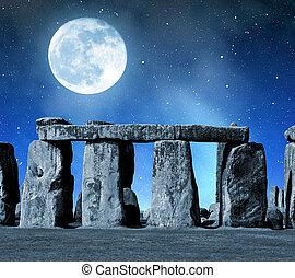 Stonehenge - Historical monument Stonehenge in night, ...