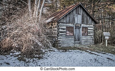 Historical Pioneer Log Cabin - Small historical log cabin in...