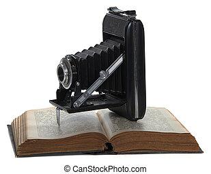 historique, appareil photo, vieux, livre