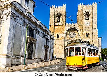 historisch, gele, tram, 28, van, lissabon