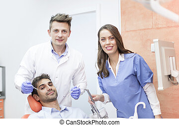 hivatal, fogászati, chekup, fiatal, fogász, birtoklás, ember