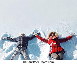 hiver, avoir, ensoleillé, neige, ensemble, fils, mère, amusement, jouer, jour, mensonge, heureux