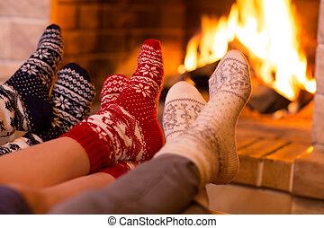 hiver, chaussettes, pieds, temps, laine, cheminée