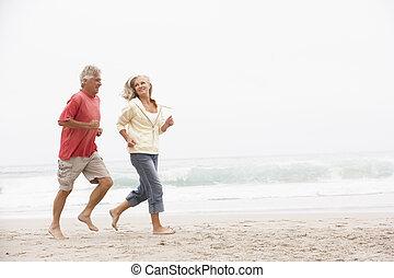 hiver, couple, courant, personne agee, vacances, plage, long