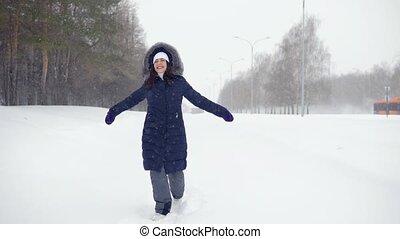 hiver, joyeux, air., frais, avoir, parc, amusement, femme