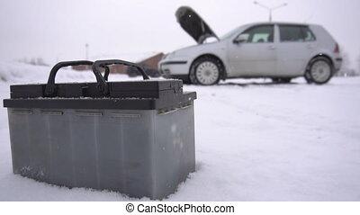 hiver, lent, capuchon, batterie, voiture, faible, mouvement, problème, fond, ouvert
