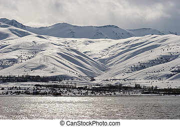 hiver, oriental, turquie, lac, fourgon, rivage