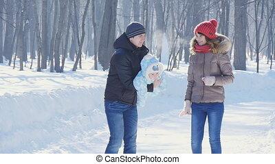 hiver, père, enfant, parc, promenade, mère, slowmotion