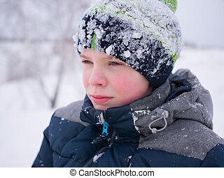 hiver, pelucheux, promenades, repos, snow., blanc, park., type, enfant, actif, sourire, games., jouer